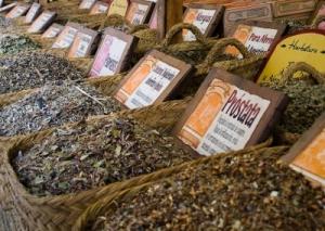 hierbas_medicinales_mercado_medieval